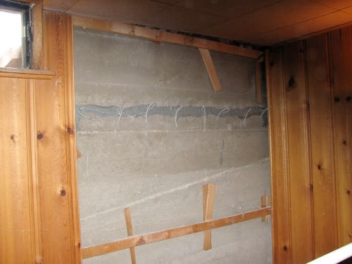 Horizontal foundation crack injected